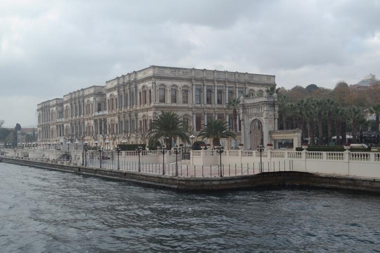 Dua Hari Penuh Arti Menjelajahi Istanbul Turki