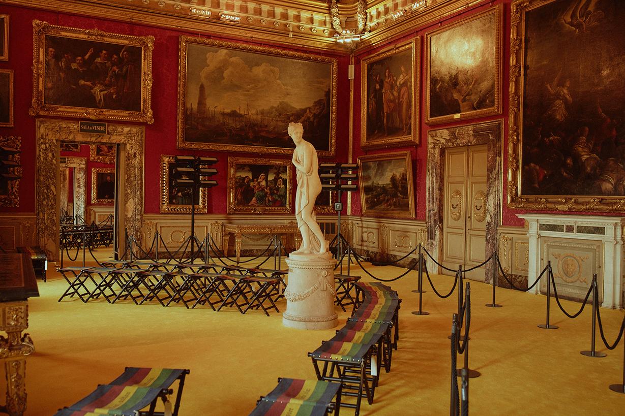 Presentasi Nostalgia Koleksi Cruise 2018 dari Gucci di Pitti Palace